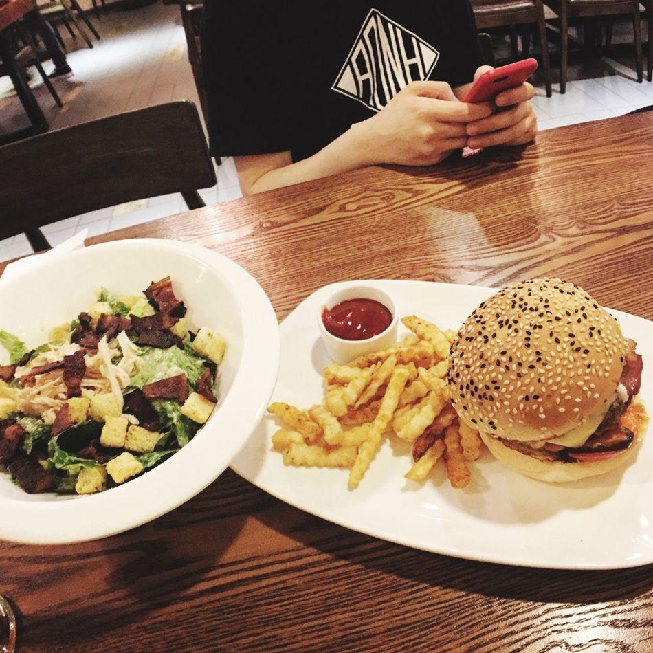 Burgers & Fries Chicken Ceasar