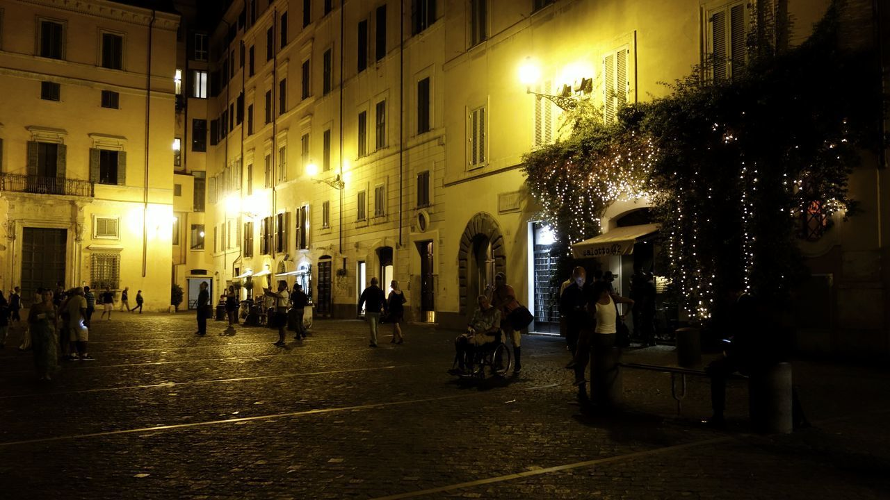 Piazza Di Pietra Rome Italia Roma Italy Travel Destinations Travelling Night Illuminated Built Structure Architecture Building Exterior City Nightlife Large Group Of People City Warm Light The Street Photographer - 2017 EyeEm Awards