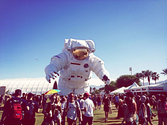 Giant Astronaut Invades Coachella Animatronic Astronaut Escape Velocity Festival Robot Outdoors People