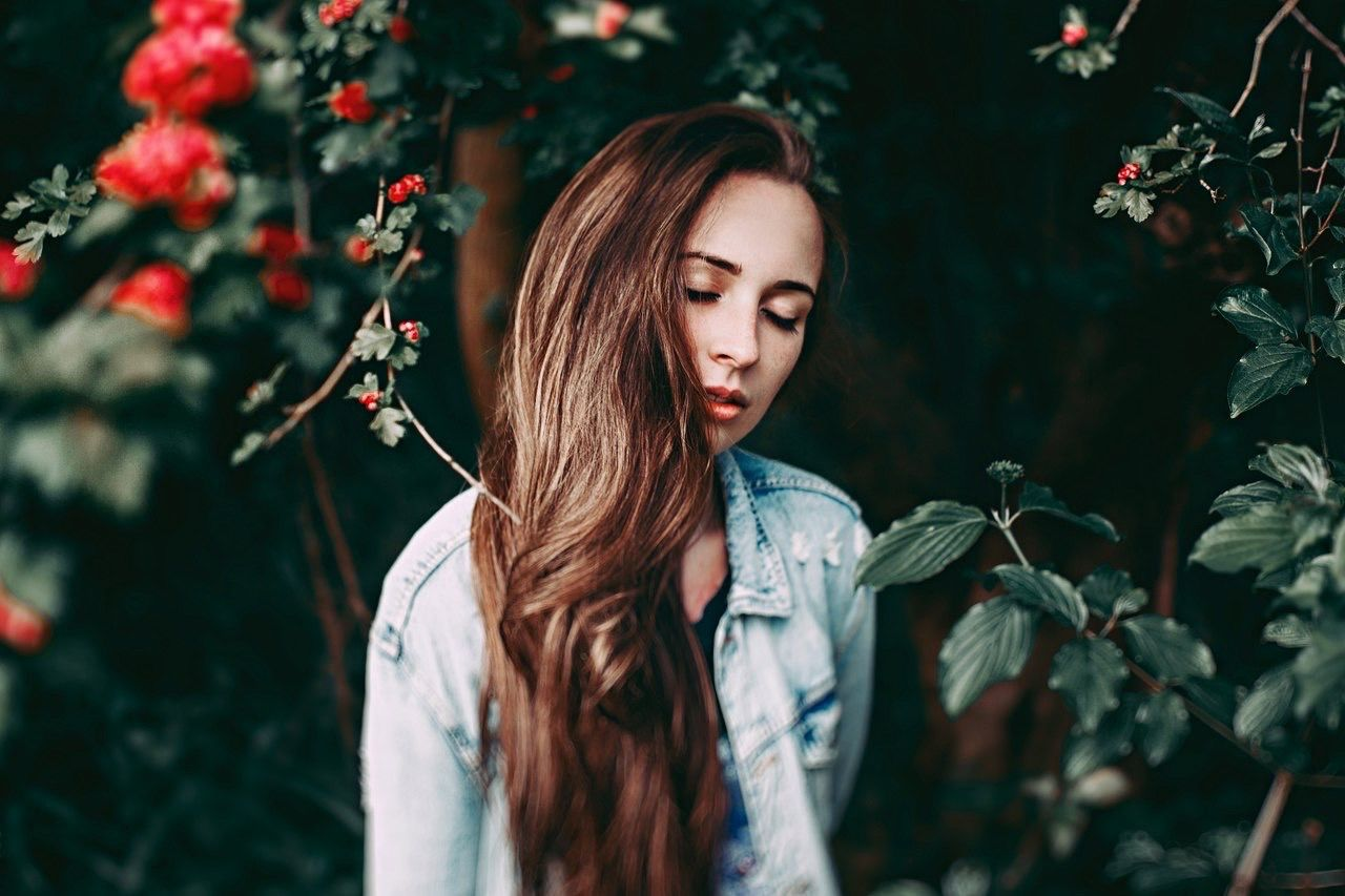 Vscodaily Vscocam VSCO Girl Model Look Light Bokeh Amazing First Eyeem Photo EyeEm Best Shots EyeEm Gallery The Portraitist - 2016 EyeEm Awards Beautiful Beauty Ostapovich Vladislavostapovich Flowers