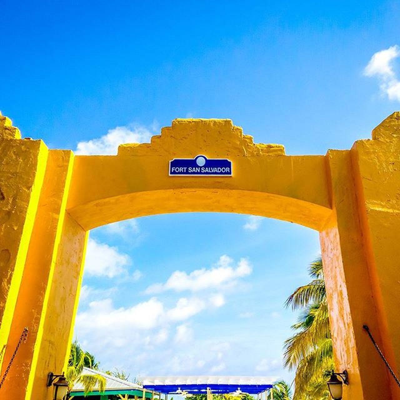 Gateway to paradise Bahamas HalfMoonBay Vacation Fortsansalvador Cruise Carnivalcruise  Oneplustech Onepluslife