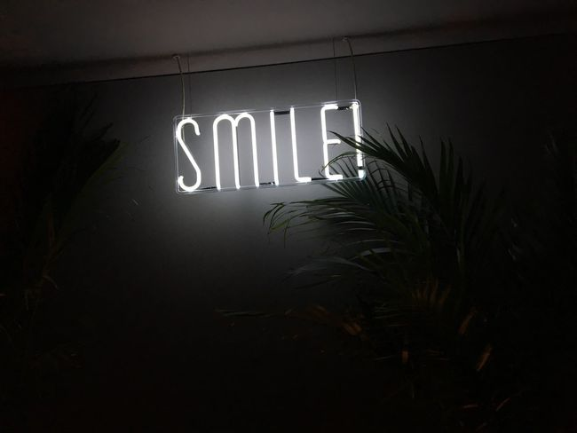 Smile | Smile Smile :) Sonrisa Positive Positive Vibes Karma Positive Thinking Positivo Message Hotel Rownyc