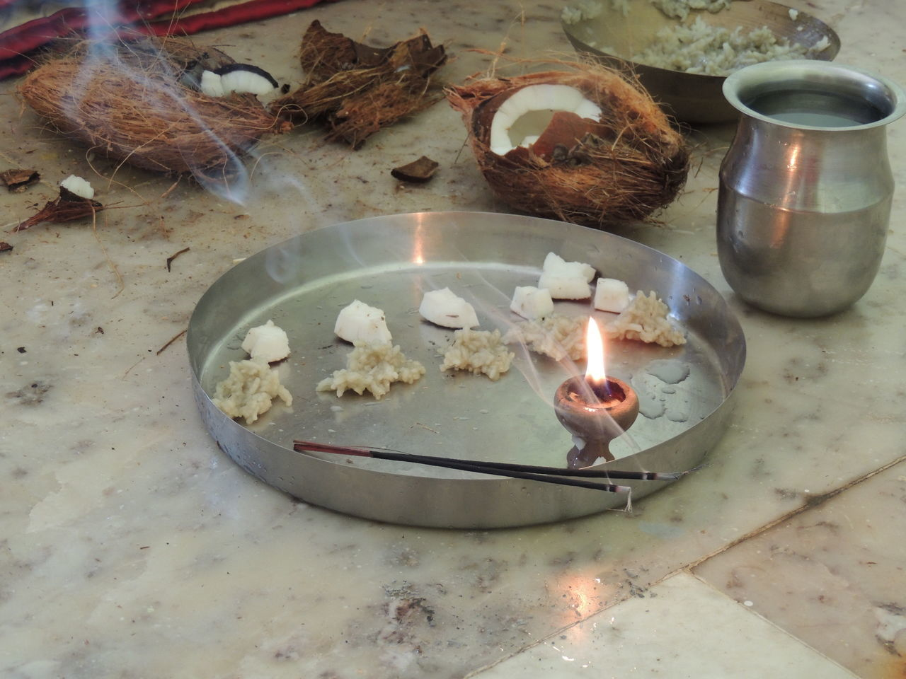 Day Diya - Oil Lamp Diyas✨✨ God Is Great. Indian Culture  Indoors  Lovedit Pooja Thali Without Edit ^^