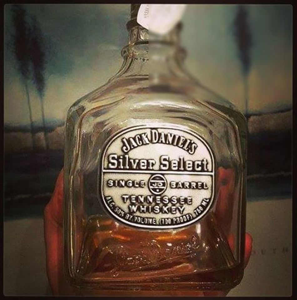 I will beat this cold JD Jack Jackdaniels Sınglebarrel Bourbon Booze Alcohol Smooth Mellow Medicinal