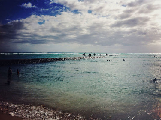 Enjoying the View at Kuhio Beach, Waikiki by me_lv