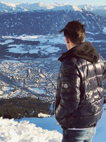 One Person Winter Cold Temperature Standing Day Leisure Activity Scenics Snow Real People Young Adult Landscape Outdoors Portrait Nature Beauty In Nature Mountain People Adults Only Men Sky