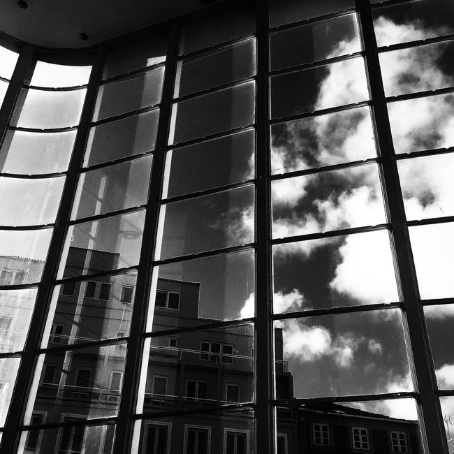 EyeEm Gallery NEM Submissions Architecture_collection NEM Silence Architecture Black & White Shootermag AMPt_community Clouds And Sky