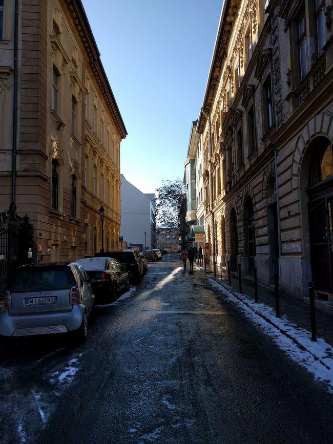 Taking Photos Sunshine Streetphotography Snow ❄ Street Budapest