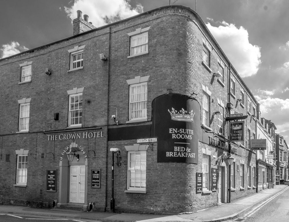 The Crown Hotel, Southwell, Nottinghamshire Black And White FUJIFILM X-T2 Monochrome Photography Blackandwhite Nottingham Pubs Nottinghamshire Southwell