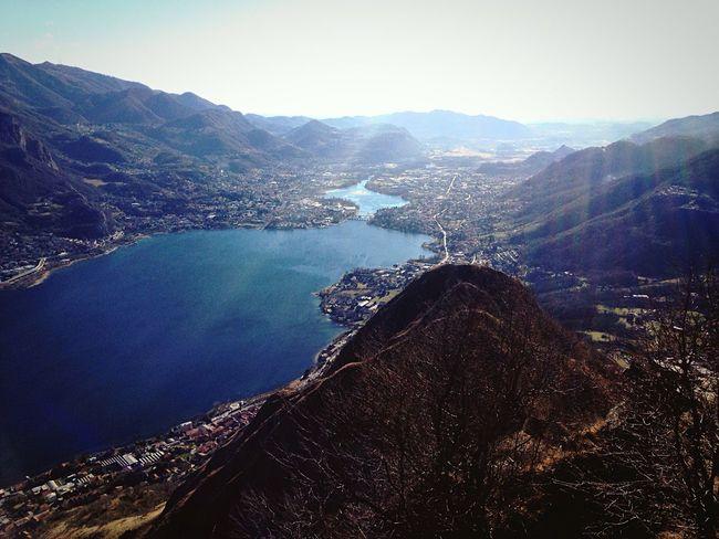 Lake Lago Lagodigarlate Garlatelake Monte Montebarro Camminata Domenica Amici Friends Mountain Sun Sereno