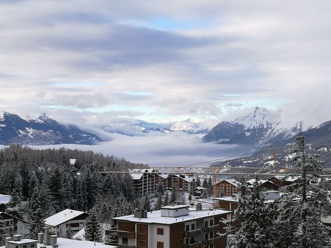 Totally covered in clouds Mountain Optics Leica Lens Outdoors Alps Nature Day Sky HuaweiP9 No People Mountain Range Cloud - Sky Beauty Morning Mist Adapted To The City