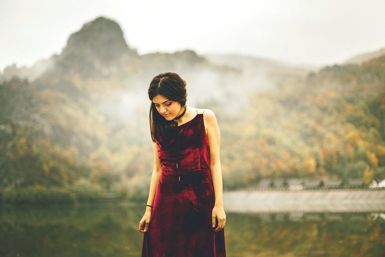 Dress Fashion Beauty Looking Down People Outdoors Human Body Part Nature Rural Scene