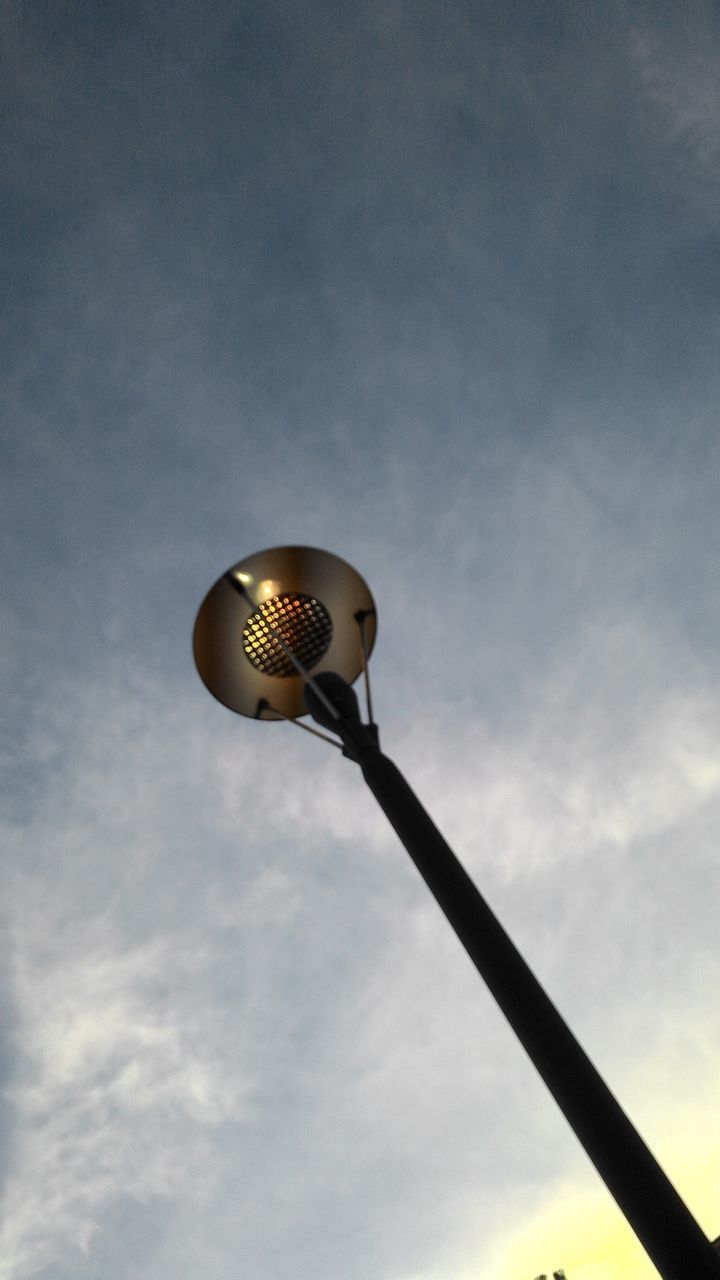 low angle view, sky, lighting equipment, cloud - sky, no people, street light, outdoors, day, nature