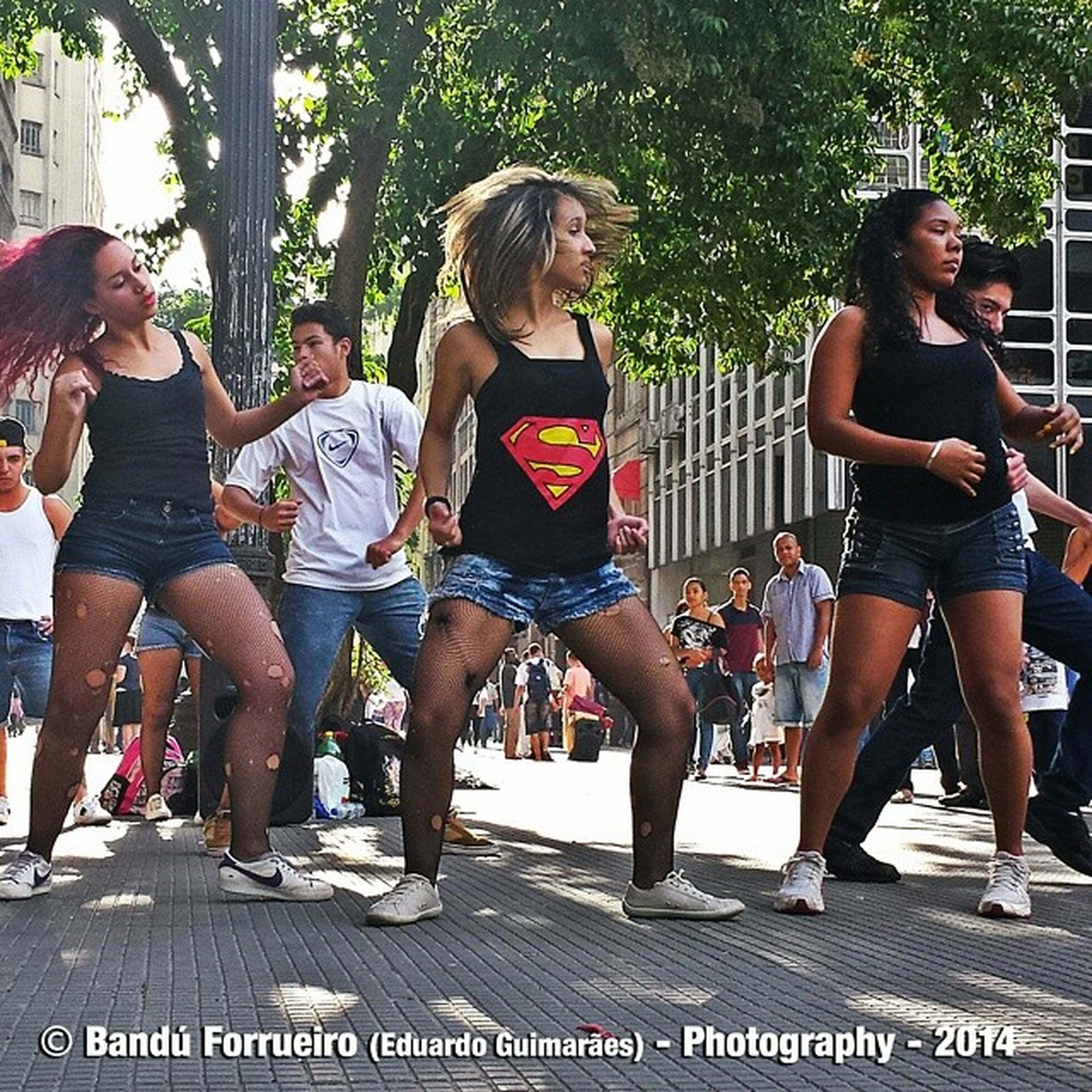Dança de rua... Dancaderua Amostradedanca Fotografia Fotografiaderua fotododia color colors SP cidadedesaopaulo mobile