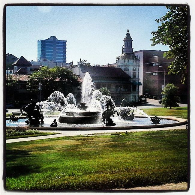 Beautiful Roadtrip Fountains Plaza Missouri Kcmo Kansascity Cityoffountains