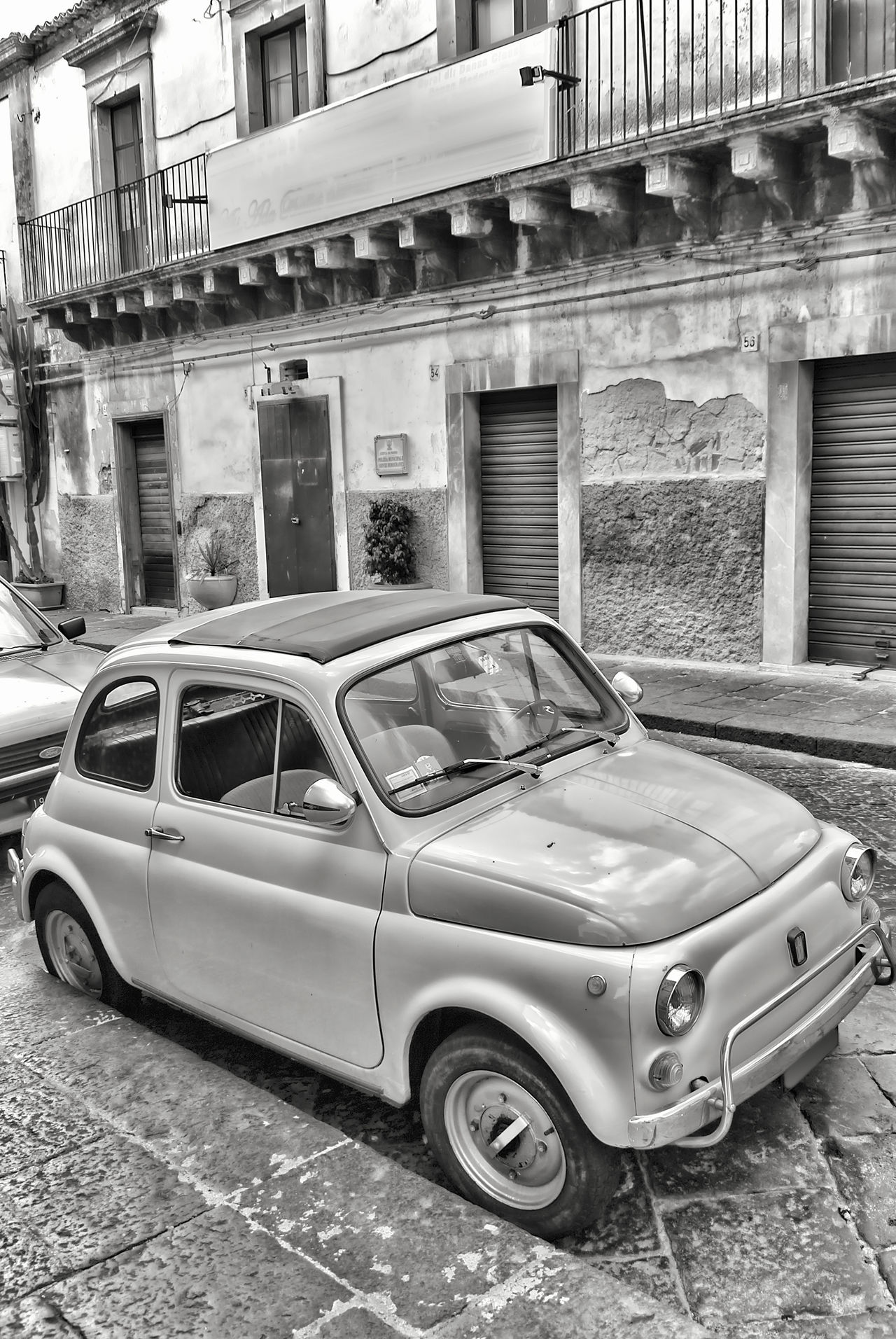 Little nice Car Architecture Auto Automobile Black And White Blackandwhite Bw_collection Car City Street Fiat Fiat500 Italy Mode Of Transport Monochrome Old-fashioned Oldtimer Outdoors Parked Parking Roadside Silver  Small Car Street Transportation Travel Vintage Car