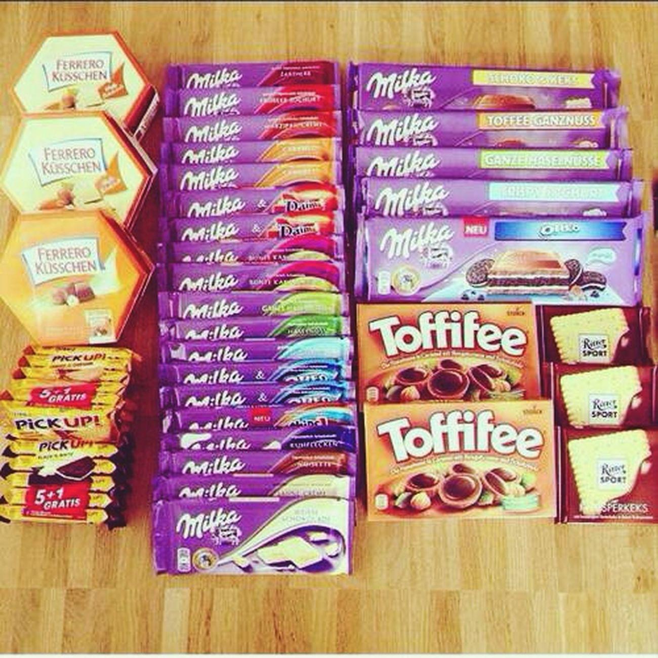 Hungry... Chocolate♡ Miam Milka Toffifee !!