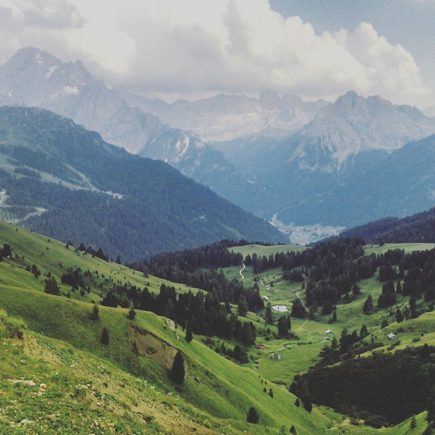 Sellaronda Italy Mountains Mountainsarecalling Green Szabadso Dolomites, Italy Dolomiti Dolomite The Great Outdoors - 2016 EyeEm Awards On The Way