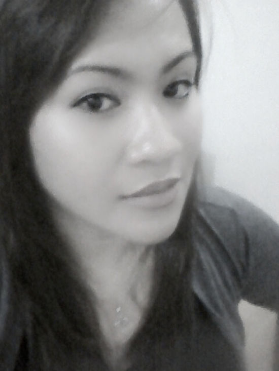 Black & White Smile Even When It Hurts.<3 Simple Moments