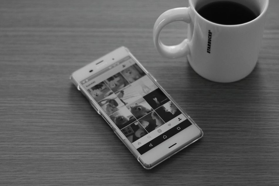 Coffee Cup Monochrome モノクロ EyeEm Bnw Black And White Coffee Break Relaxing Oldlens Coffee Time