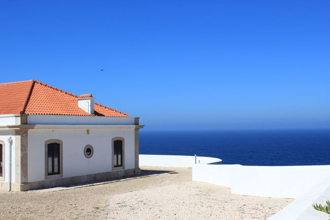 Clear Blue Water Ocean View Ocean House By The Sea Blu Oceans Portugal Tranquility