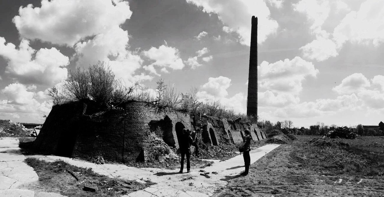 A trip to the former brickyard in Uttum Check This Out Blackandwhite Photography Bnw_collection Bnw_captures Bnwphotography Bnwlovers Bnw_society Eastfrisian Underground Lostfriesland Ostfriesland East-frisia Abandonned