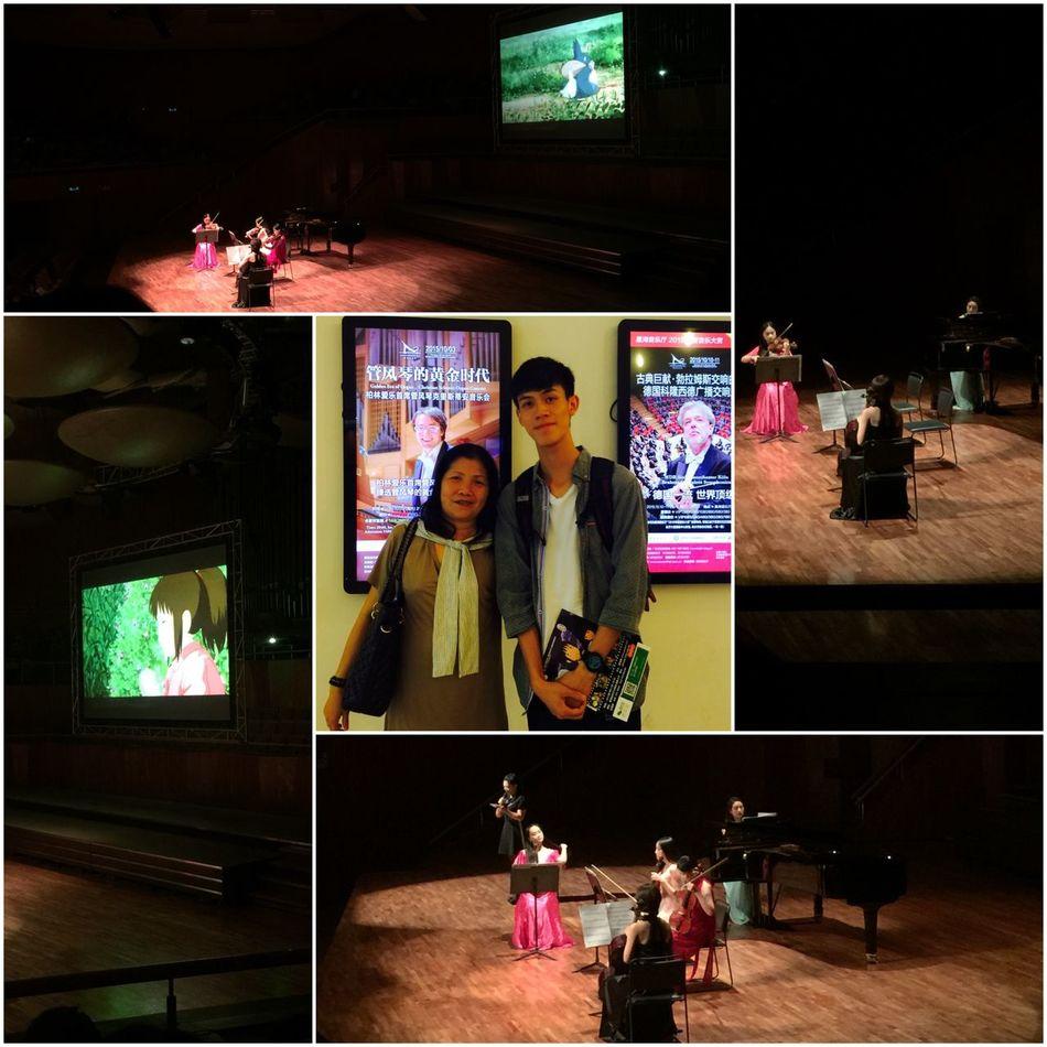 千尋樂隊· 一段段童年美好憧憬和回憶,當熟悉的旋律再次響起,或許我們可以再次享受了! Live Music Concert 宮崎駿 Audiovisualconnection EyeEm Best Shots People And Art Taking Photos Light Allgirls
