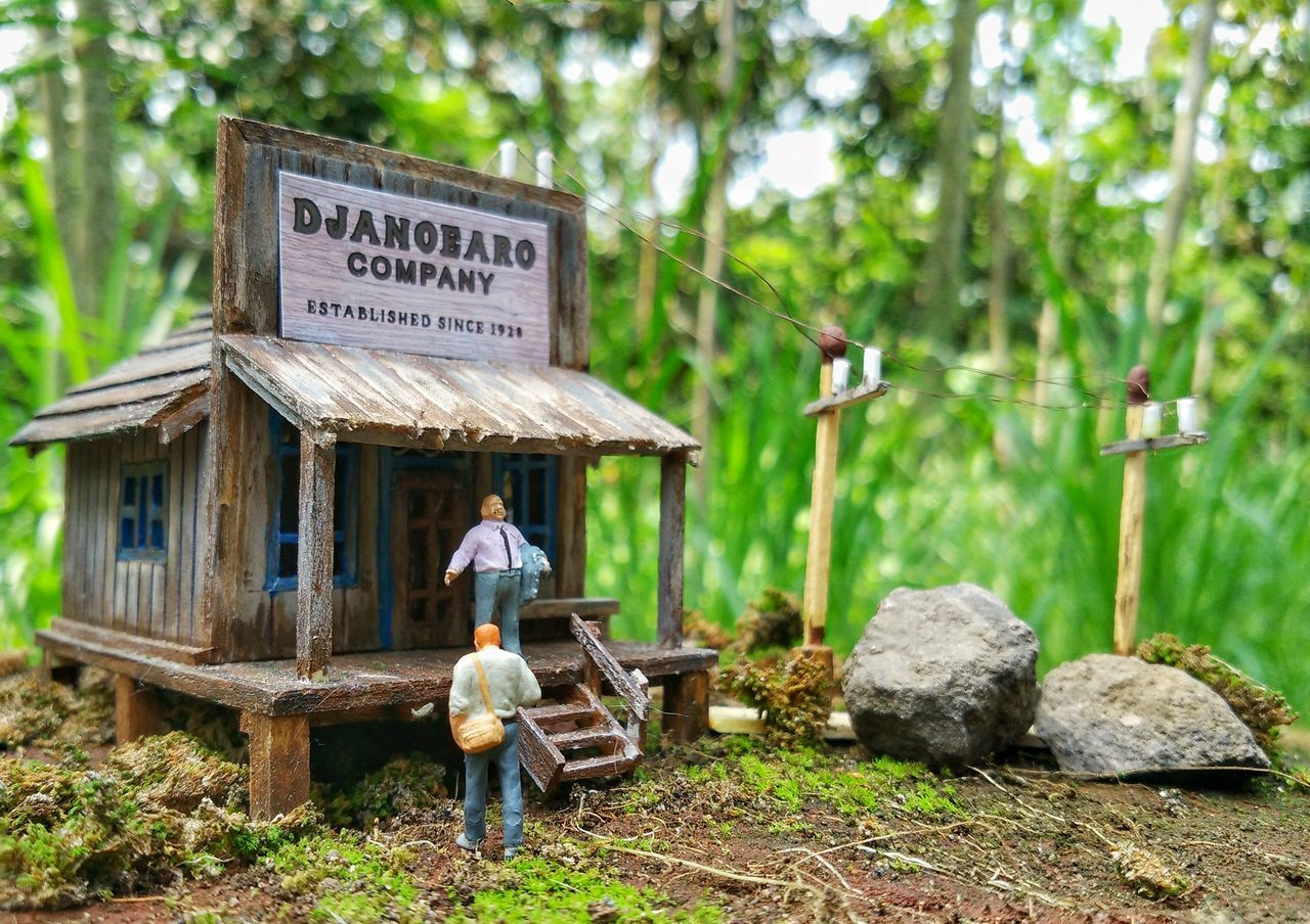 Real People Day Outdoors Men Nature People Toys Toysphotography Toysnapshot Mi4phonography Mi4iphotography Mainan Agriculture One Person Occupation Working Rural Scene Tree Adult Only Men Adults Only