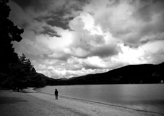 Le lac Bnw_captures Bnw_collection Landscape_Collection Landscape_photography The Great Outdoors - 2016 EyeEm Awards