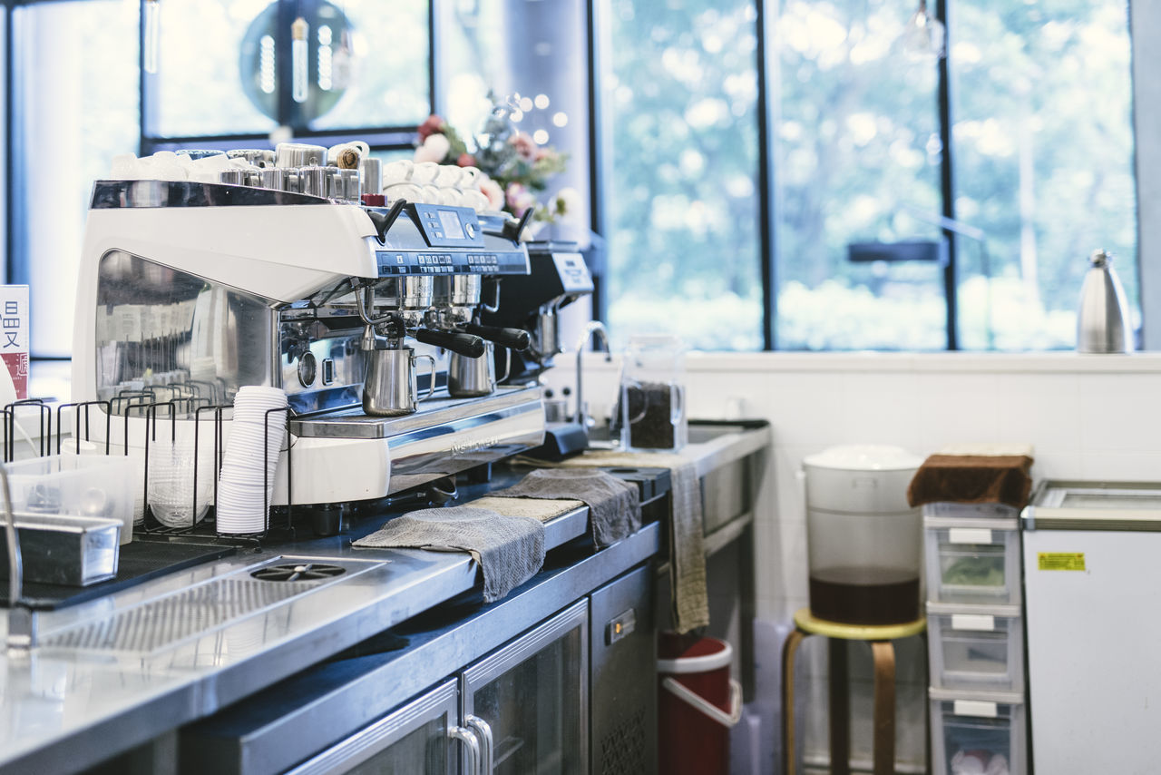 Beautiful stock photos of kaffee,  Cafe,  Coffee Maker,  Coffee Shop,  Commercial Kitchen
