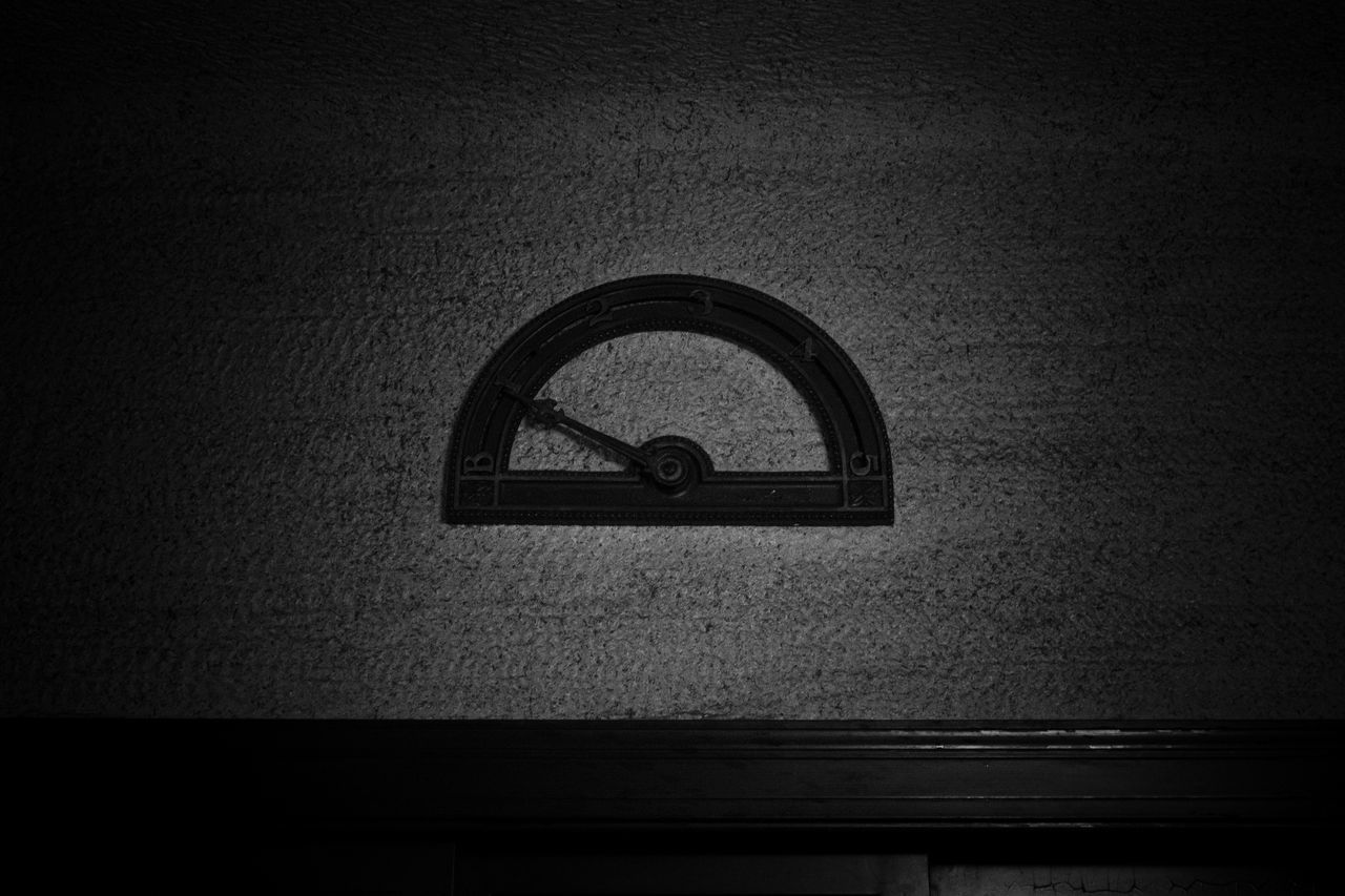 vignette, indoors, no people, day, close-up, clock, clock face