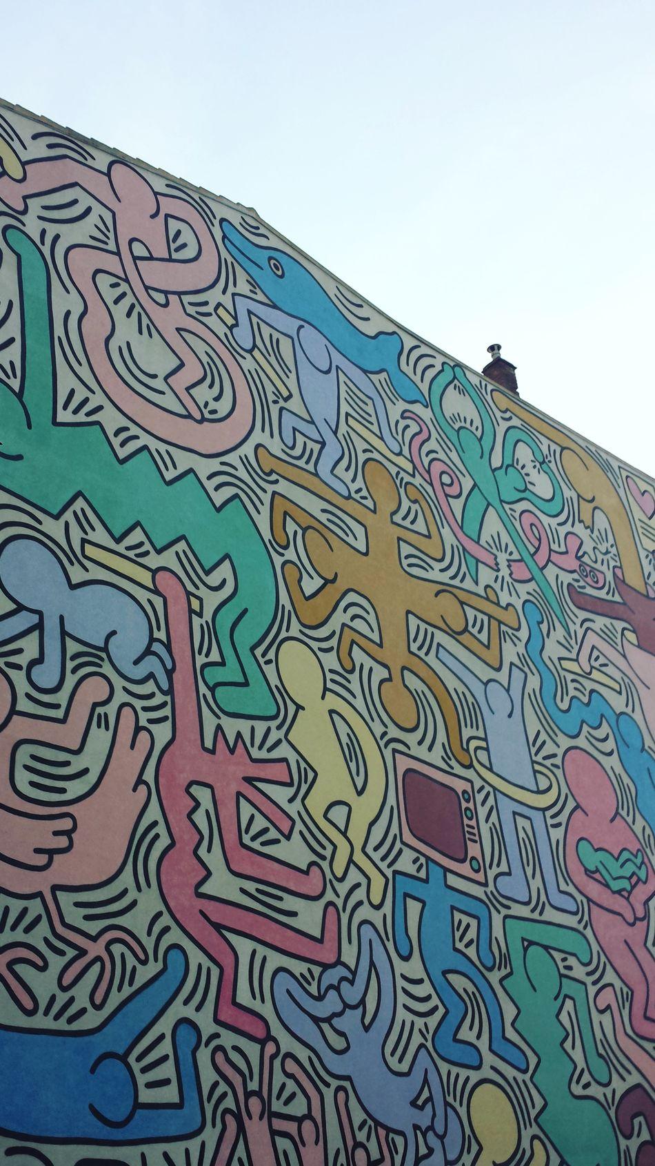 Architecture Art Artist Clear Sky Graffiti Graffiti & Streetart Graffiti Art Graffiti Wall Igers Igersitalia Igerspisa Igerstoscana Keith Haring Muralart Murales Muralesart Sky Tuttomondo