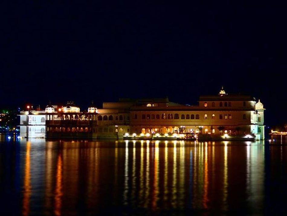 Still waiting for tomorrow's newspaper to declare this most beautiful place ever? Lakepalace Cityoflakes Udaipur Udaipurblog Instaudaipur Saturated Desi_diaries Indiaclicks Streetsofindia Indianpictures Igers Rangeelorajasthan Oyemyclick Lake Photoshoot Waterworks Colourfulworld Reflections Reflection In The Water