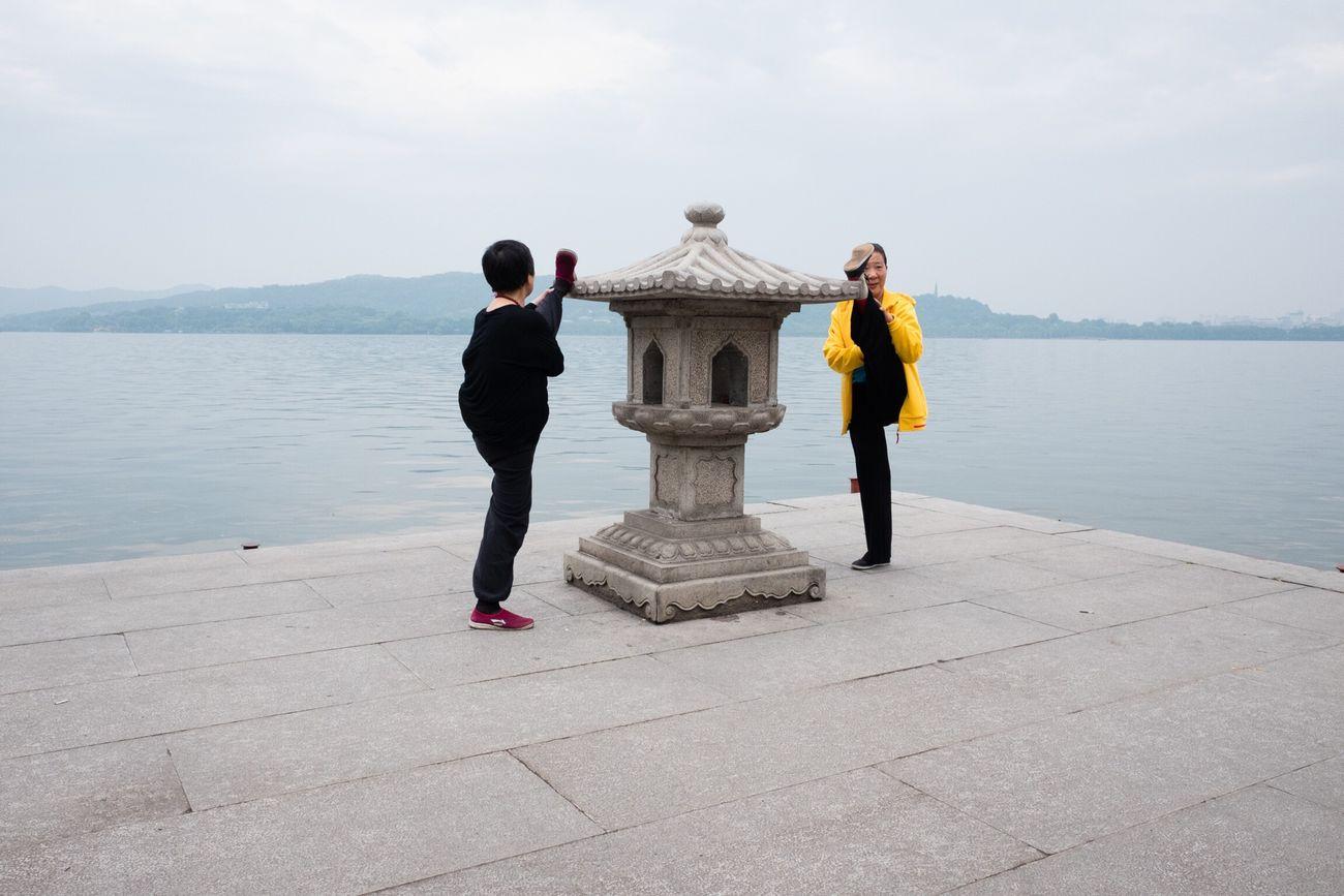 Snaps @ China Hangzhou 2016 The Street Photographer - 2016 EyeEm Awards Fujifilm X70 X70 Streetphotography Streettogs The Week On Eyem Street Photography Streetphoto_color Hangzhou Westlake China Street Life Street Traveling G20 G20 Meeting