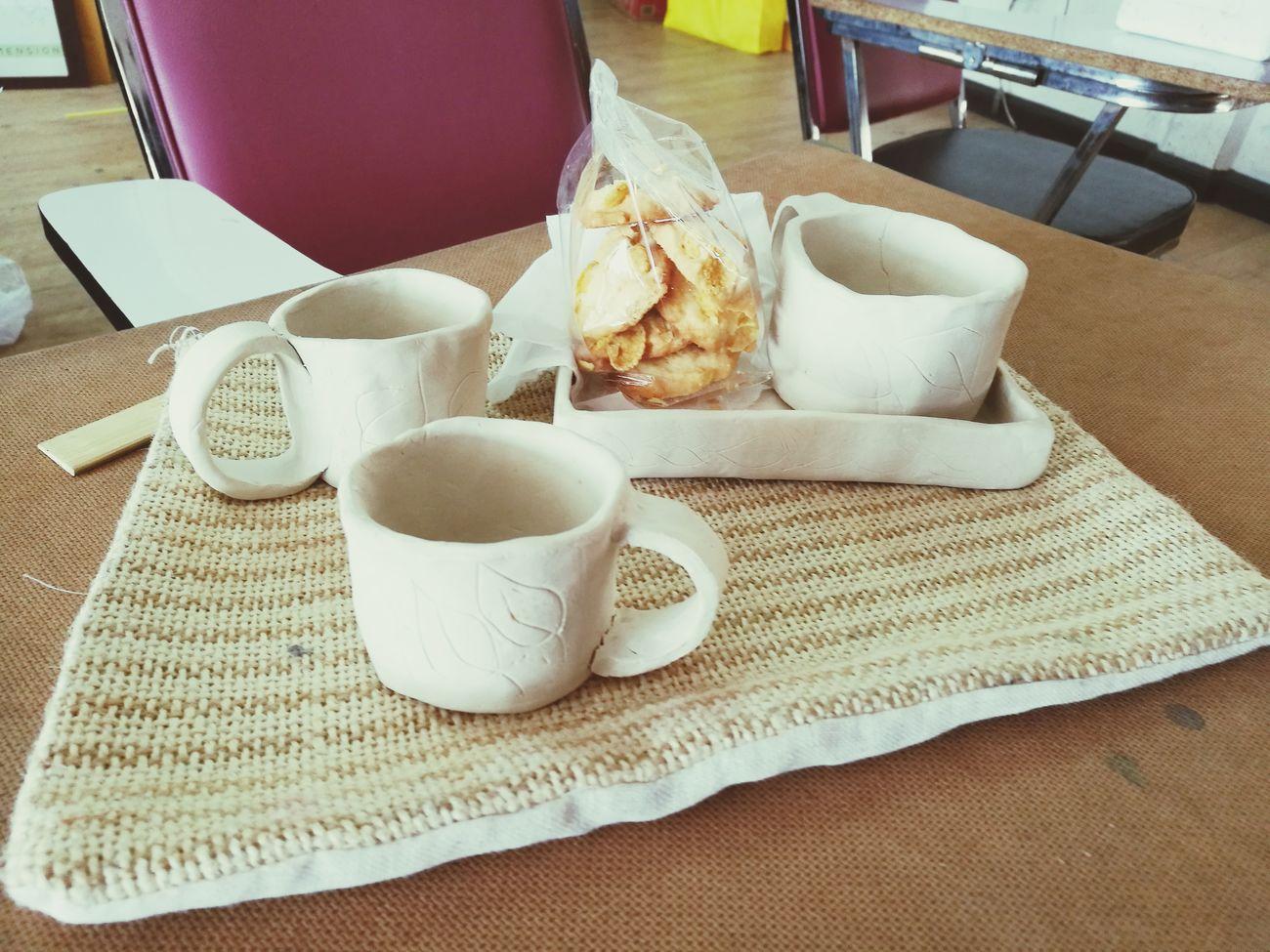 Let's start making ceramic.