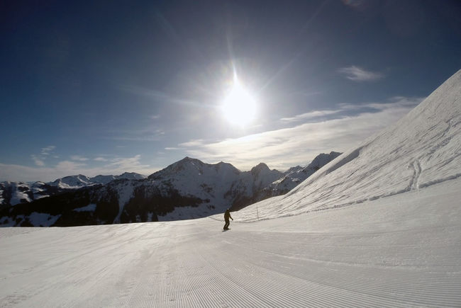 Alps Austria Beauty In Nature Cold Temperature Covering Landscape Mountain Scenics Season  Snow Snowboard Snowboarding Snowcapped Mountain Sunlight Tirol  Tourism Tourist Tranquil Scene Tranquility Travel Destinations Tyrol Vacations Weather White Color Winter