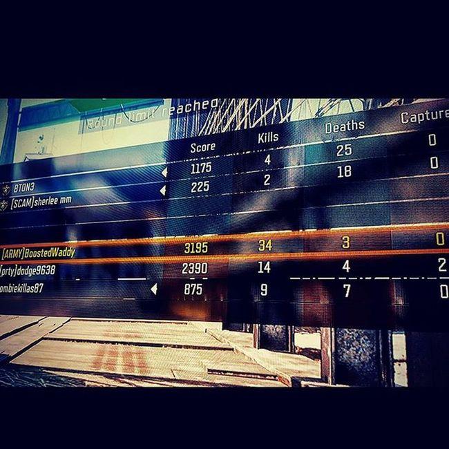 Made em all back out 😂😂😂 XboxOne CallOfDuty Capturetheflag Xbox Videogames Elitecontroller Hardcore CTF Spawntrap Spawnkill Blackops3