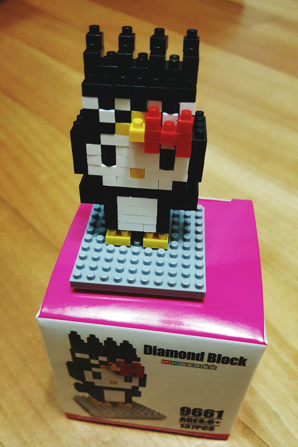 2번째 미니 블럭. 아귀가 좀 안 맞는 느낌이지만, 그래도 꽤 재미있다 하하하.^^ Mini Block 9661