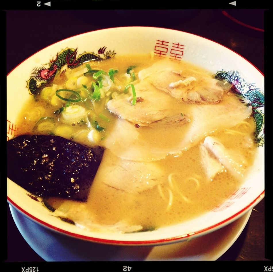 地元で評判のラーメン屋に。懐かしい味で美味し。 Noodles Ramen