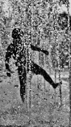 Grainy Images Blurred Motion Blurimage Blured Moments Black & White Photography Silhouette Focus On Shadow Perspective Shadows & Lights Weekly Welcome Black Background Shadow Street Photography Black And White Streetphotography Personal Perspective EyeEm Monochrome Photography Blackandwhitephoto Shadow And Light EyeEmNewHere Sunlight Childhood Bluring Personal Project