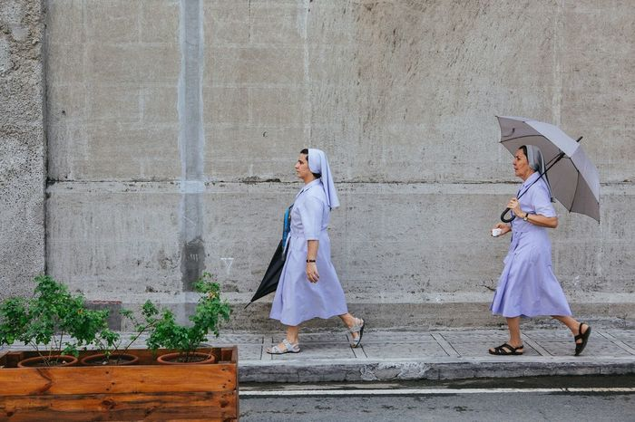 Two Nuns in Manila. EyeEm Best Shots Eyeem Philippines Streetphotography Streetphoto_color Daily Life Street Portraits VSCO Canon