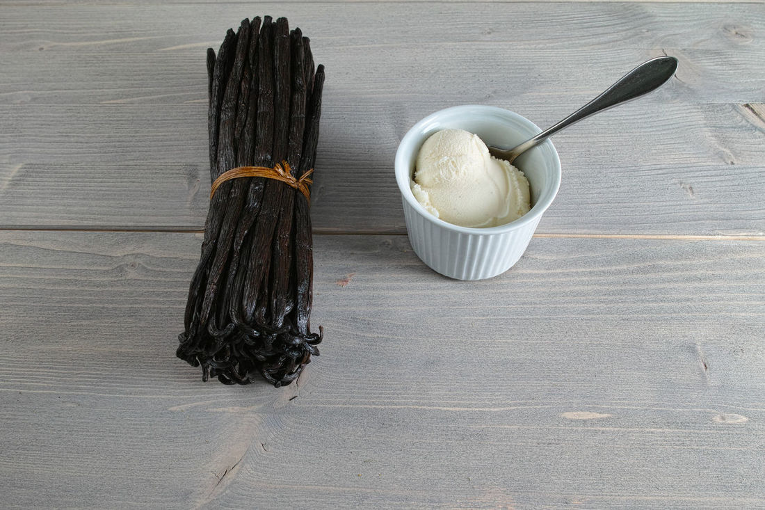 Asian Food Chopsticks Cultures Day Desert Food Healthy Eating High Angle View Ice Ice Cream Icecream Icecreamlover Icecream🍦 Indoors  Japanese Tea Cup No People Vanilla