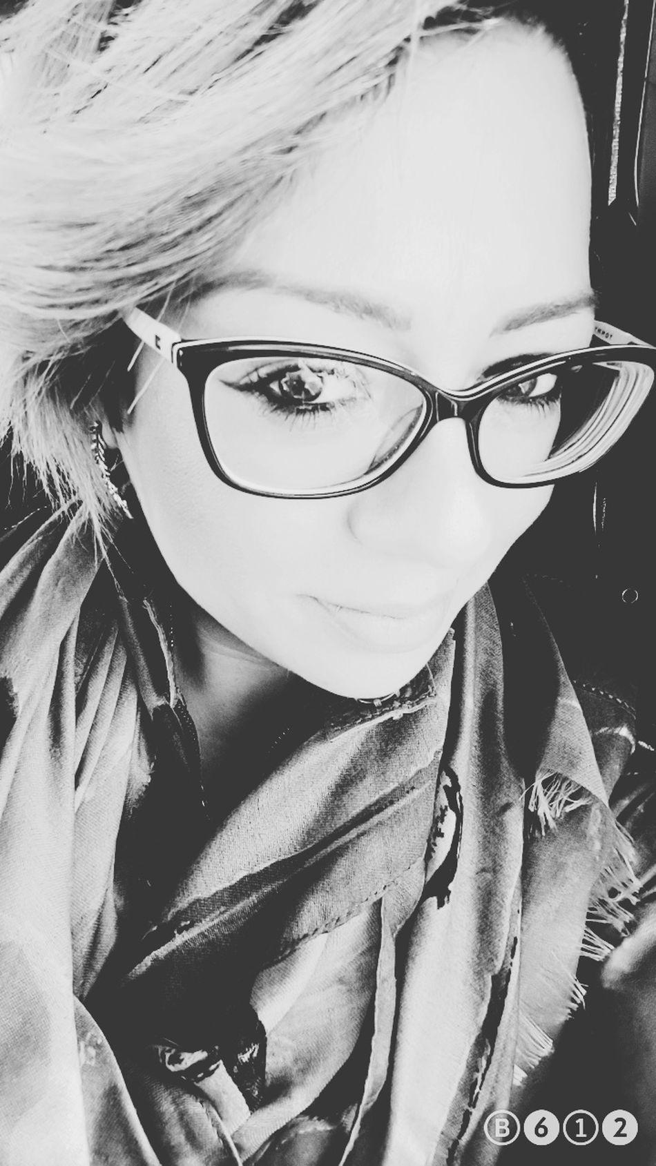 Smile.... i m ok... Portrait Eyeglasses  Illbeok EyeEm Gallery Uglygirl  Today's Hot Look Goodmorning EyeEm  Goodmorning Smile Happiness Believe Smile ✌ ThatsMe Samsungs7edge OpenEdit One Woman Only Style ✌ Thatsme ❤️ Blonde Hair Hi Helloworld EyeEm Bnw Bnwportrait