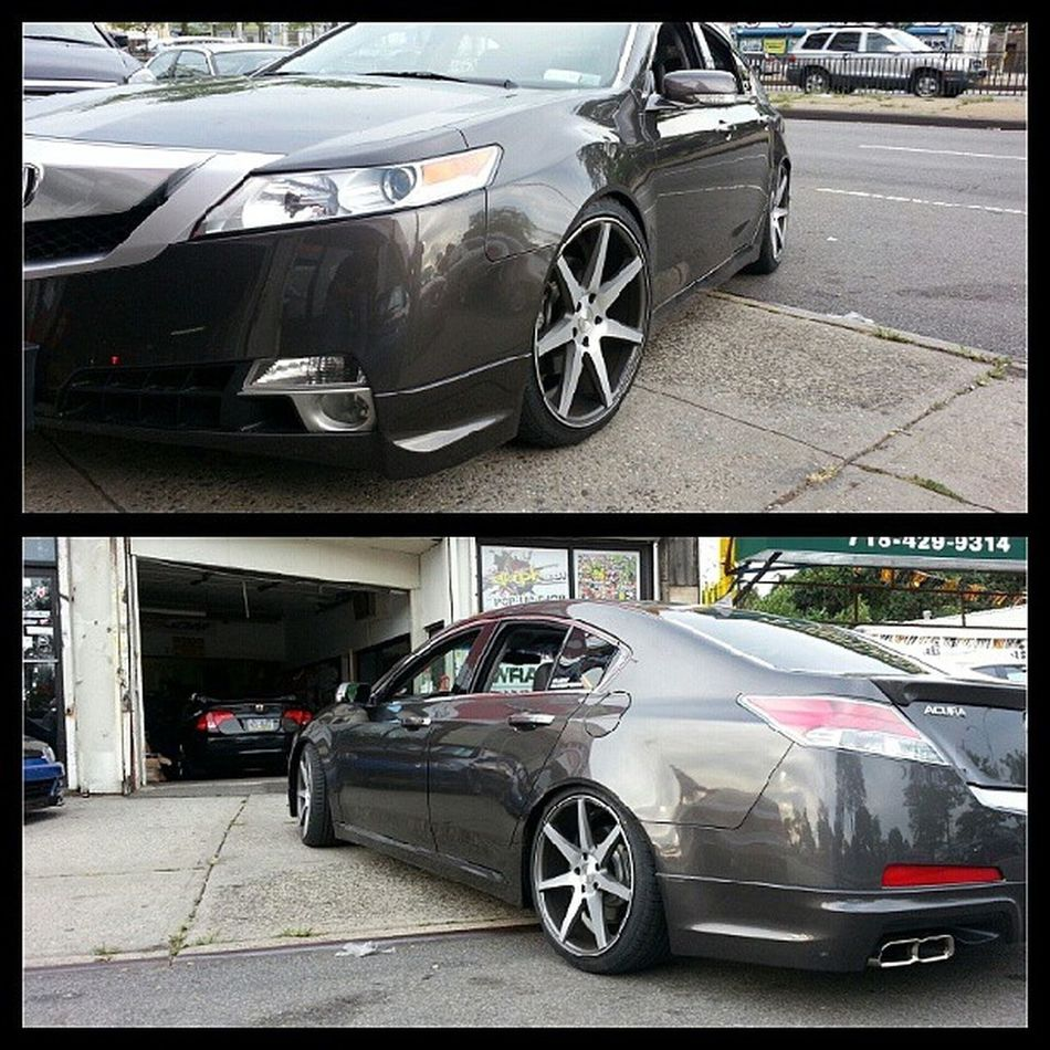 TL sitting clean on @d2racingusa coilovers at @projectjdmny with @vossenwheels Nycalive Projectjdm Acura vossen low tcc