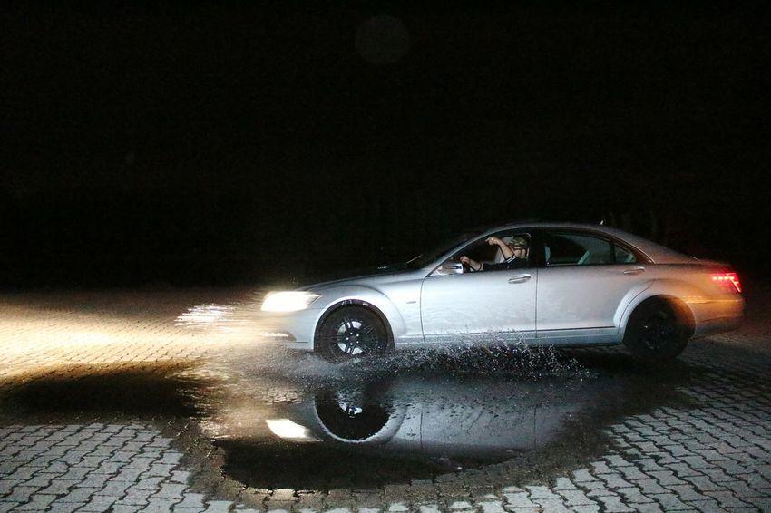 Mercedes-Benz Mercedes Benz S-Class Sclass  W221 S350 Water Splash Driving Fast