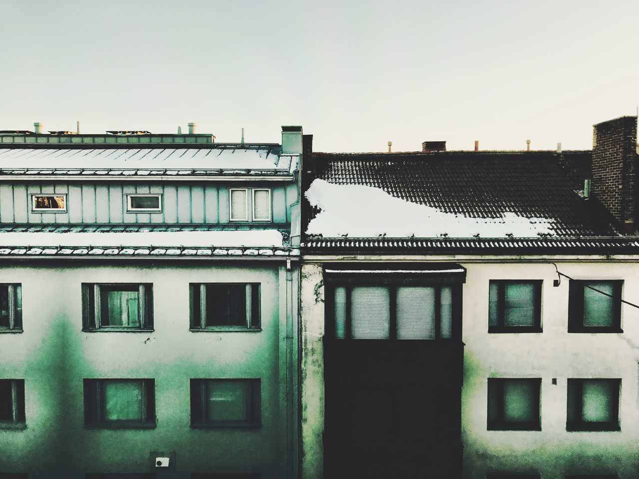 building exterior, window, architecture, built structure, no people, house, day, residential building, outdoors, sky