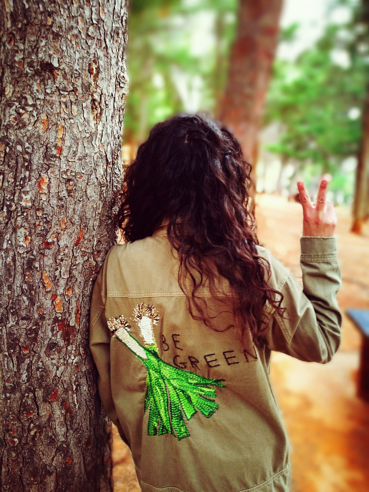 Be Green  Beauty In Nature One Person Rear View Real People Lifestyles Day One Woman Only Human Hand Be Green🍃 Wood Uncultivated Outdoors Growth Tree