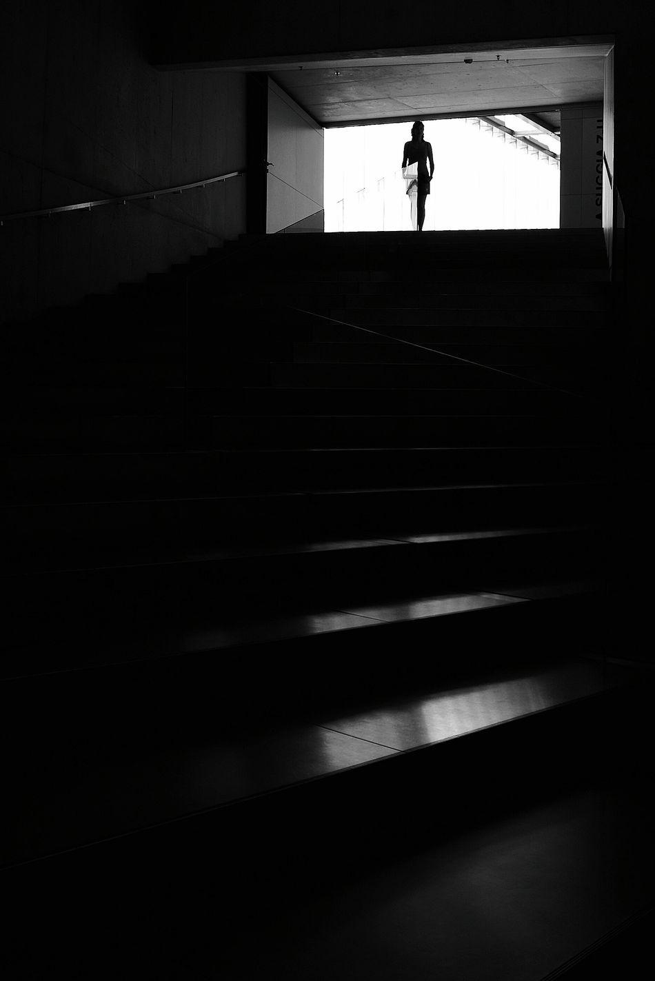The Girl Who Wanted To Make Her Own Series Monochrome Getting Inspired Blanco & Negro  Black & White Blanco Y Negro EyeEm Best Shots - Black + White La Falsa Envoltura De Las Apariencias Siluetas Siluette