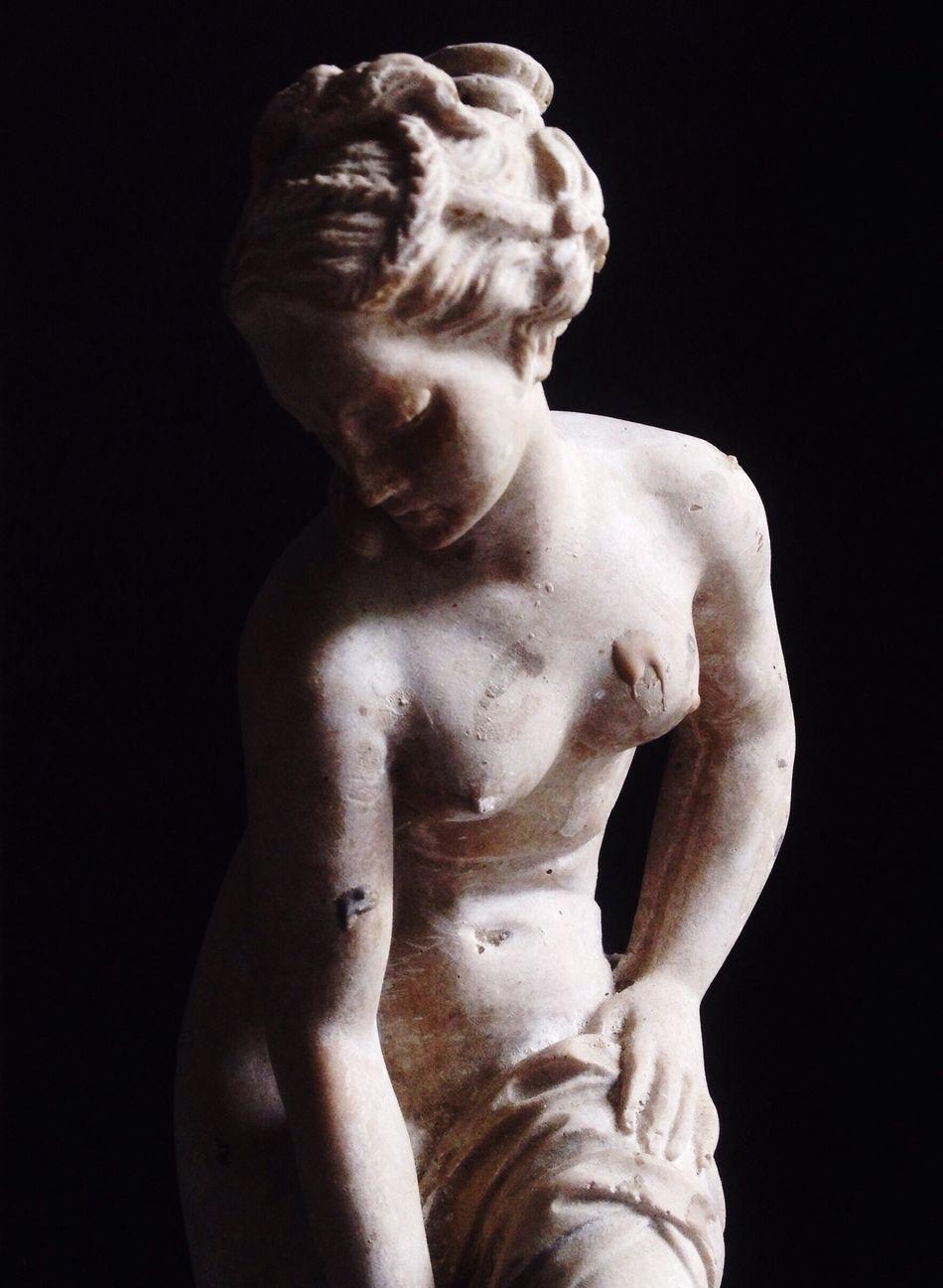 Beauty of Silence || Alexandra Grace . Statue Art IPhoneography MiniStudio