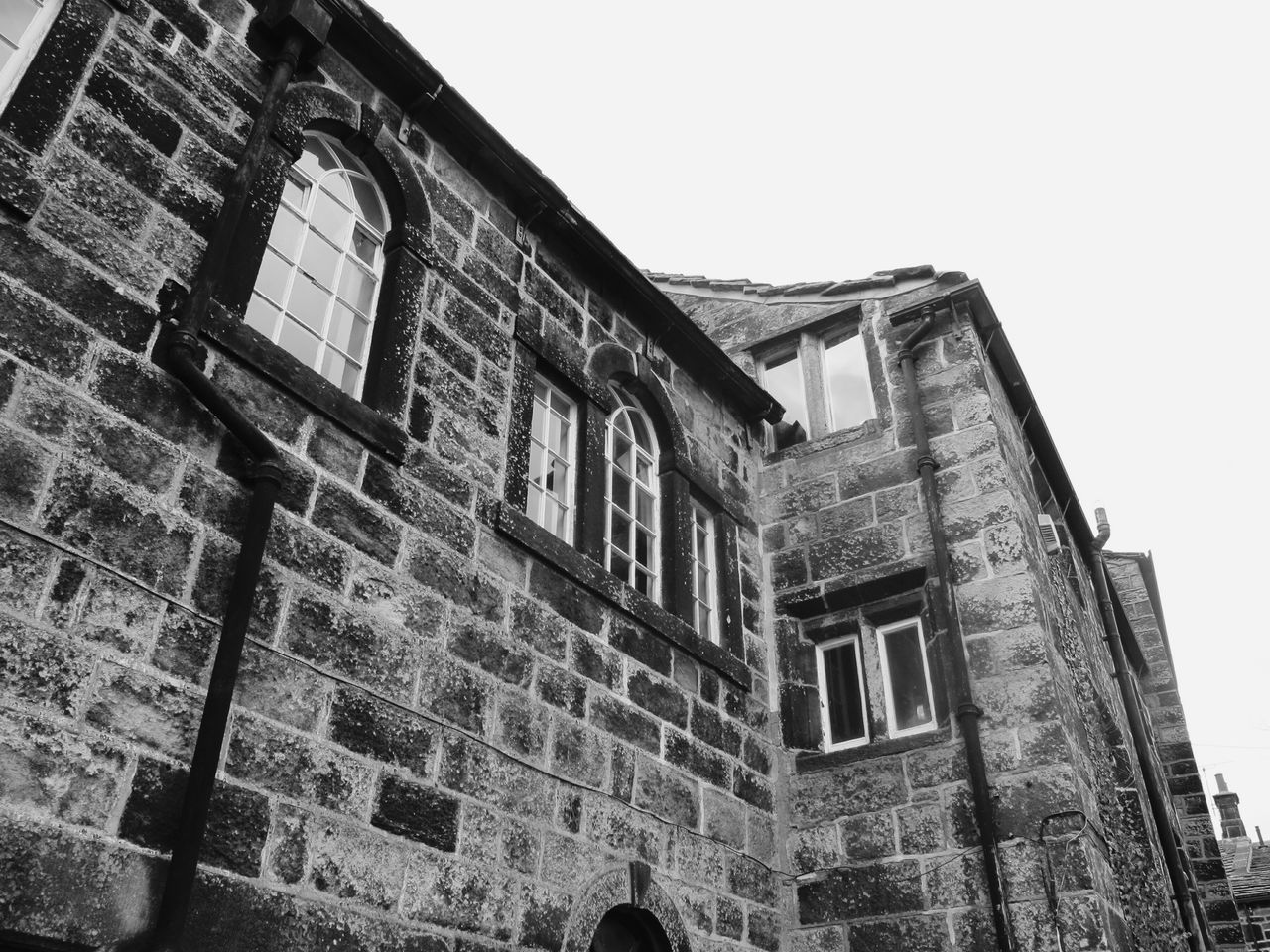 Old School House England Old Architecture Houses Village Quaint  Landscape Hebden Bridge Heptonstall Museum EyeEm Best Shots Light And Shadow Windows Learn & Shoot: Balancing Elements Black & White Buildings Monochrome Black And White Heptonstall Pathway Taking Photos Pattern Pieces Bricks Stone Stone Wall Walls